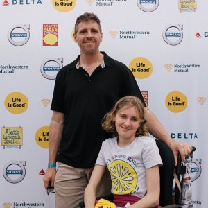 Larry and Jordan pose at the LA Loves Alex's event to support Alex's Lemonade Stand Foundation